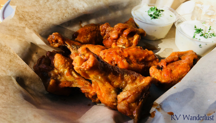Wing Dome Hot Wings