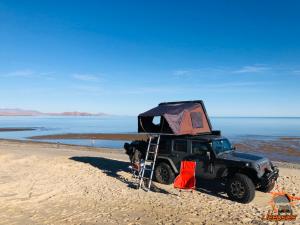 Overlanding Camping at Gonzaga Bay