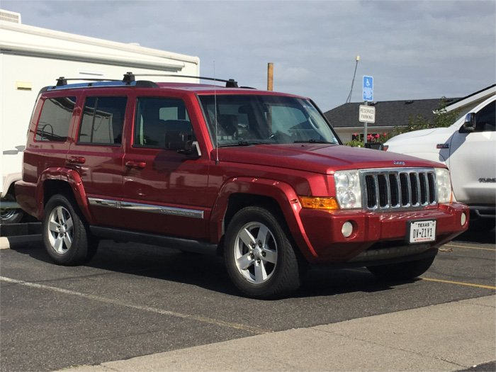 RV Wanderlust Smaug Jeep Commander