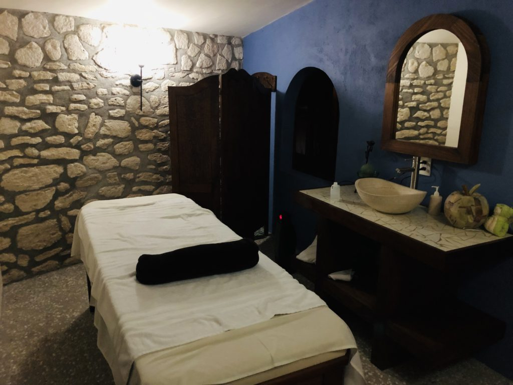Massage at El Cantar del Viento